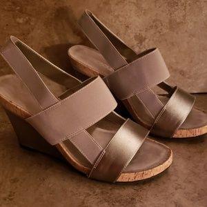 Aerosoles Magnolia Plush Wedge Sandal